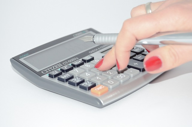 Buying a home in Los Angeles. Calculator