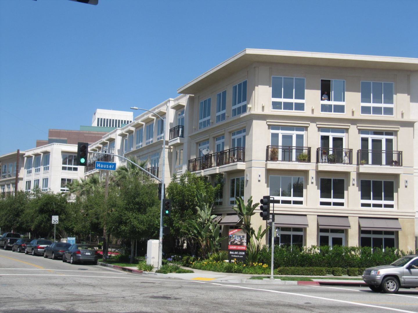 The Viridian Luxury Leasing on the Miracle Mile