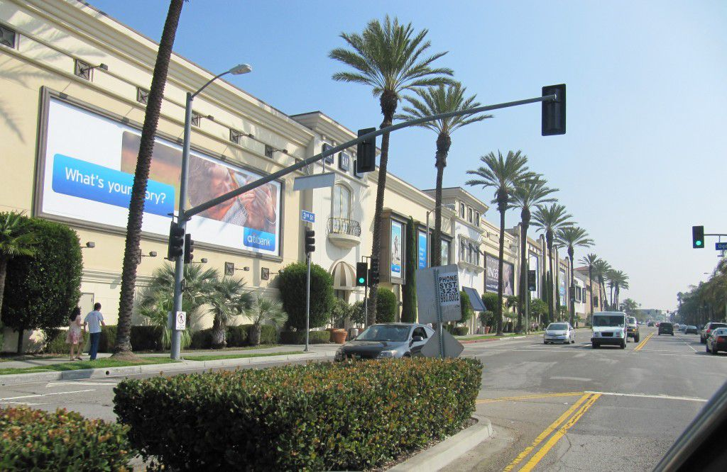 Beverly Center Miracle Miles Homes for Sale